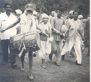 जयंती विशेष: भूदान तथा सर्वोदय आंदोलन के प्रणेता आचार्य विनोबा भावे, गांधीजी ने बताया था पहला सत्याग्रही
